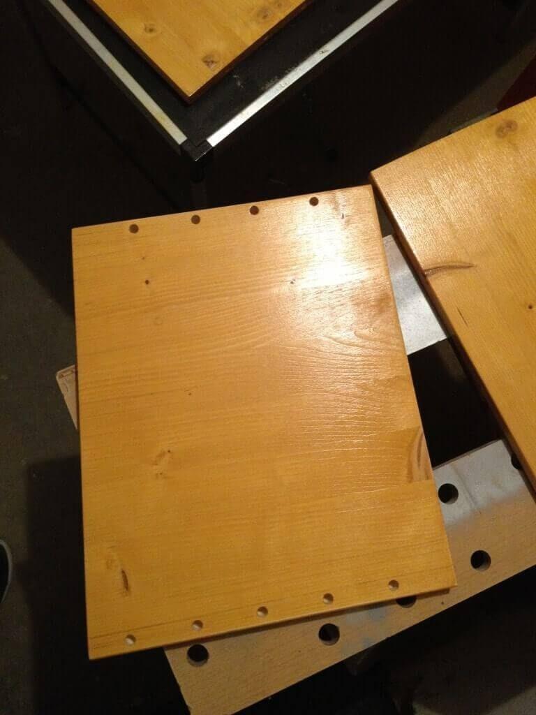 19-Zoll-Rack-selber-bauen-Seitenteil-lackiert