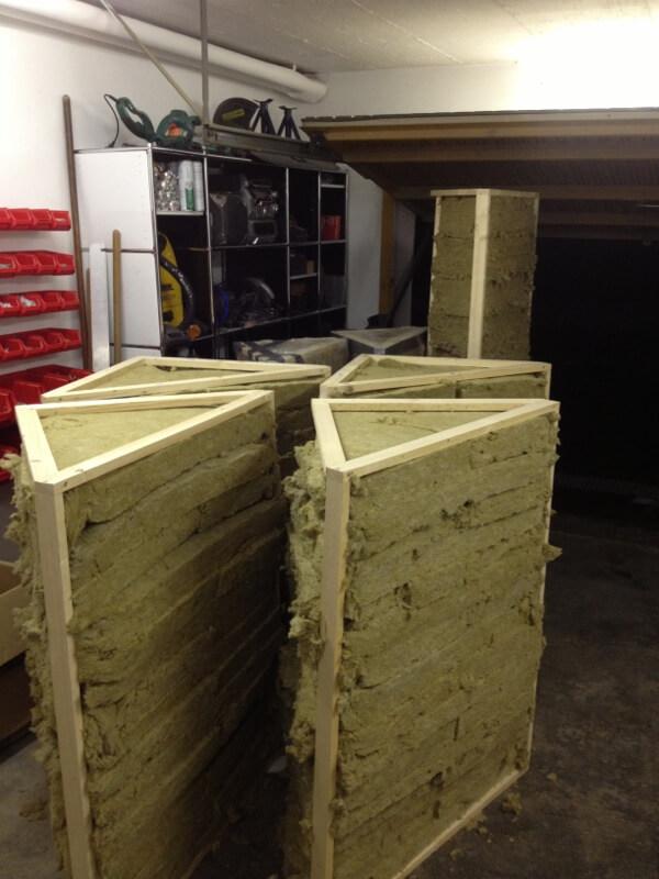 Bassabsorber Superchunks selbst bauen - Steinwolle befüllen 1